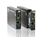 FRM220-100AS-1 - Convertisseur OAM/IP Managed 10/100Base–TX vers 100Base–FX FE